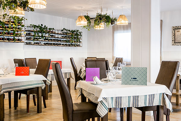 Sala restaurante El Alférez